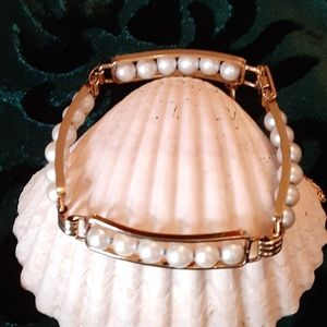 Van Dell Cultured Pearl Bracelet